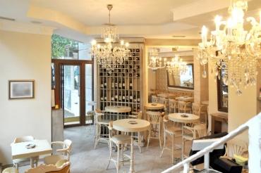 Cafe - Victorian Design